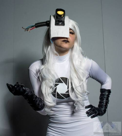 GLaDOS cosplay by Rathalely Cosplay Photography by Shinigami Photography